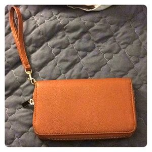 NWOT Brown faux leather clutch